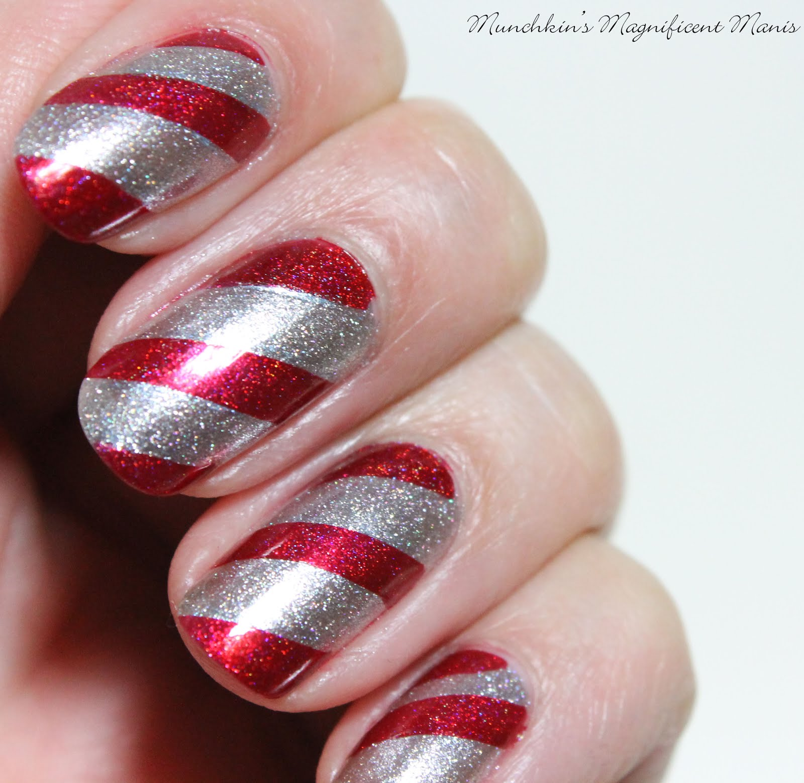 Munchkins Magnificent Manis Candy Cane Lane