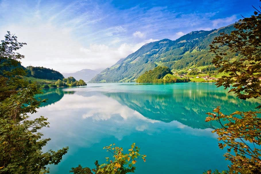 lake-mountains-forests-natural-wallpapers