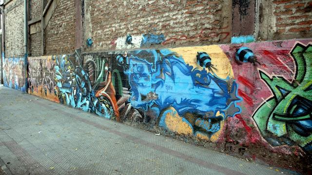 street art santiago de chile estacion central graffiti arte callejero
