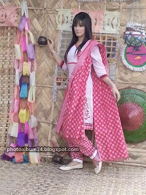 mahiya mahi hot image