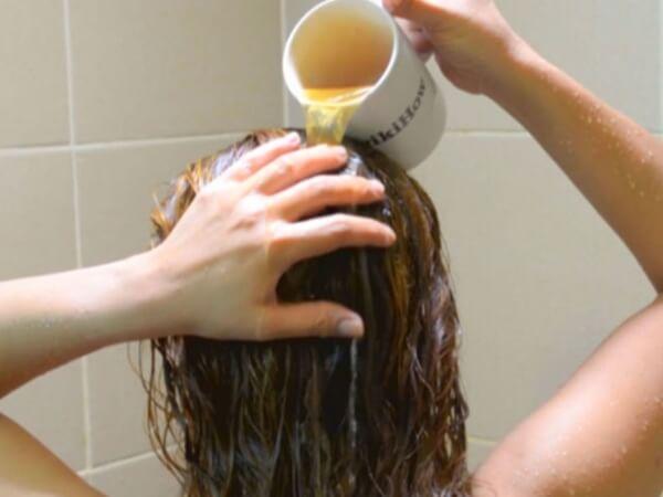 خلطة زيوت طبيعية لعلاج جفاف الشعر!