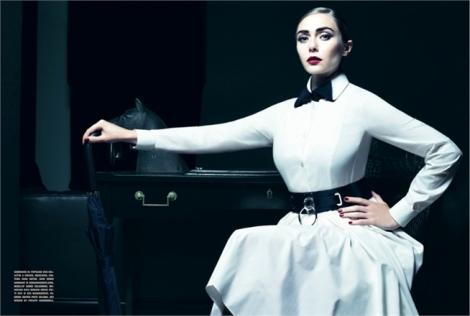 Elizabeth Olsen by Tom Munro for Vogue Italia