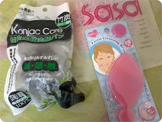 Konjac Sponge and scrublet