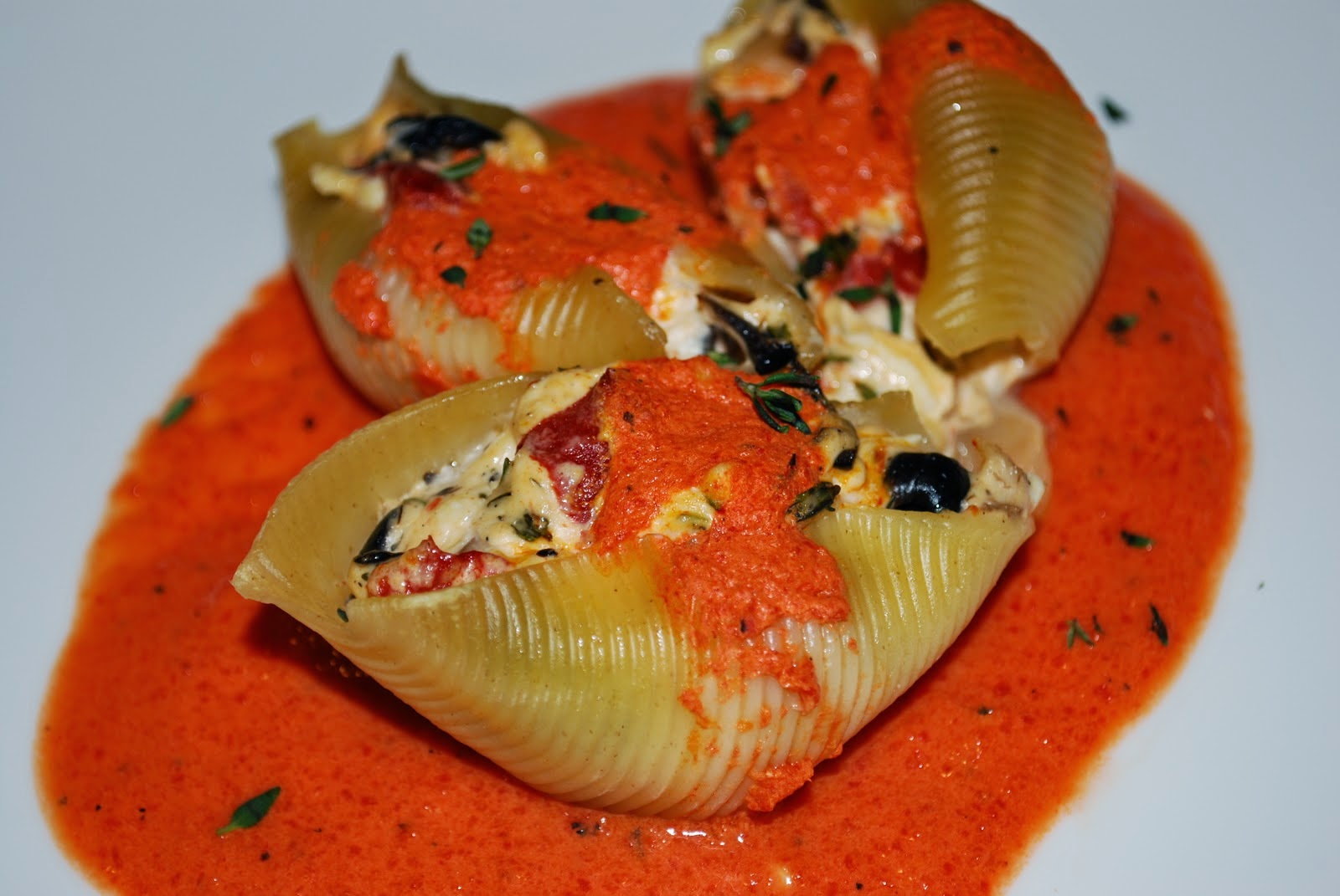 Creamy Crab Stuffed Shells with Roasted Red Pepper Sauce