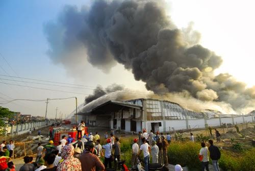 Toàn cảnh vụ cháy suốt 20 tiếng ở Bắc Ninh