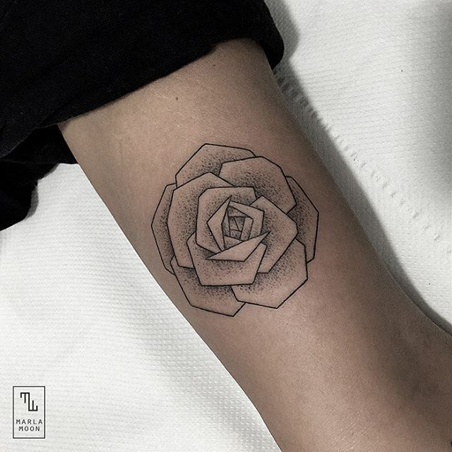 15-Rose-Marla-Moon-Geometric-Shapes-with-Tattoo-Drawings-www-designstack-co
