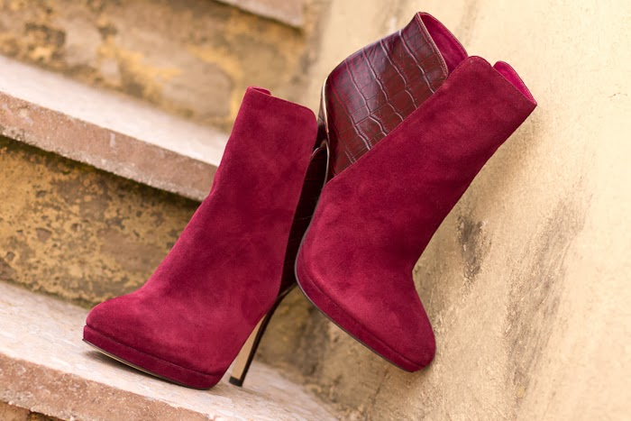 BURGUNDY OBSESSION: AMAZING MENBUR ANKLE BOOTS