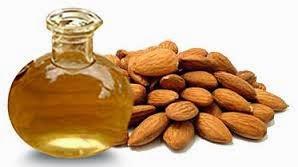 Mencerahkan wajah dengan minyak almond