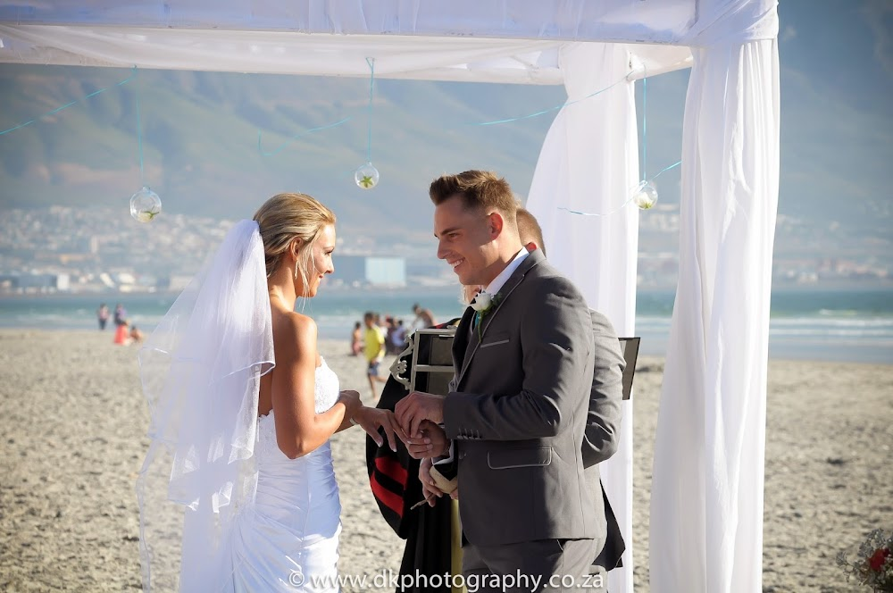 DK Photography _DSC6665 Wynand & Megan's Wedding in Lagoon Beach Hotel  Cape Town Wedding photographer