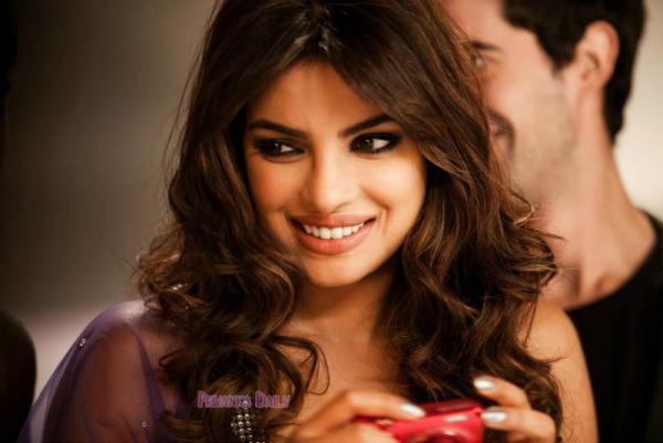 Priyanka+CHopra+(3)