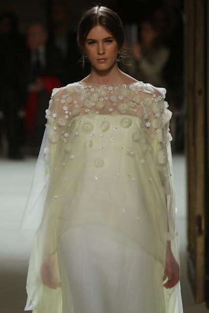 جورج حبيقه - Georges Hobeika Couture Spring Summer 2012 54_1.jpg
