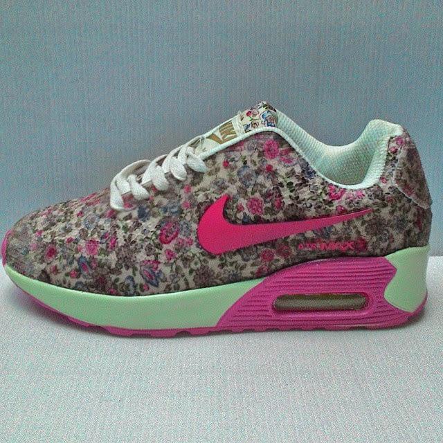Sepatu Nike Airmax Floral Cewek  Terbaru