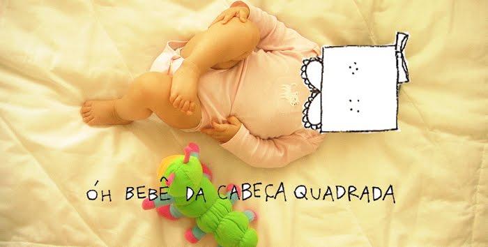 bebê da cabeça quadrada