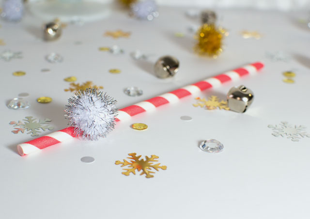 pom pom holiday straw