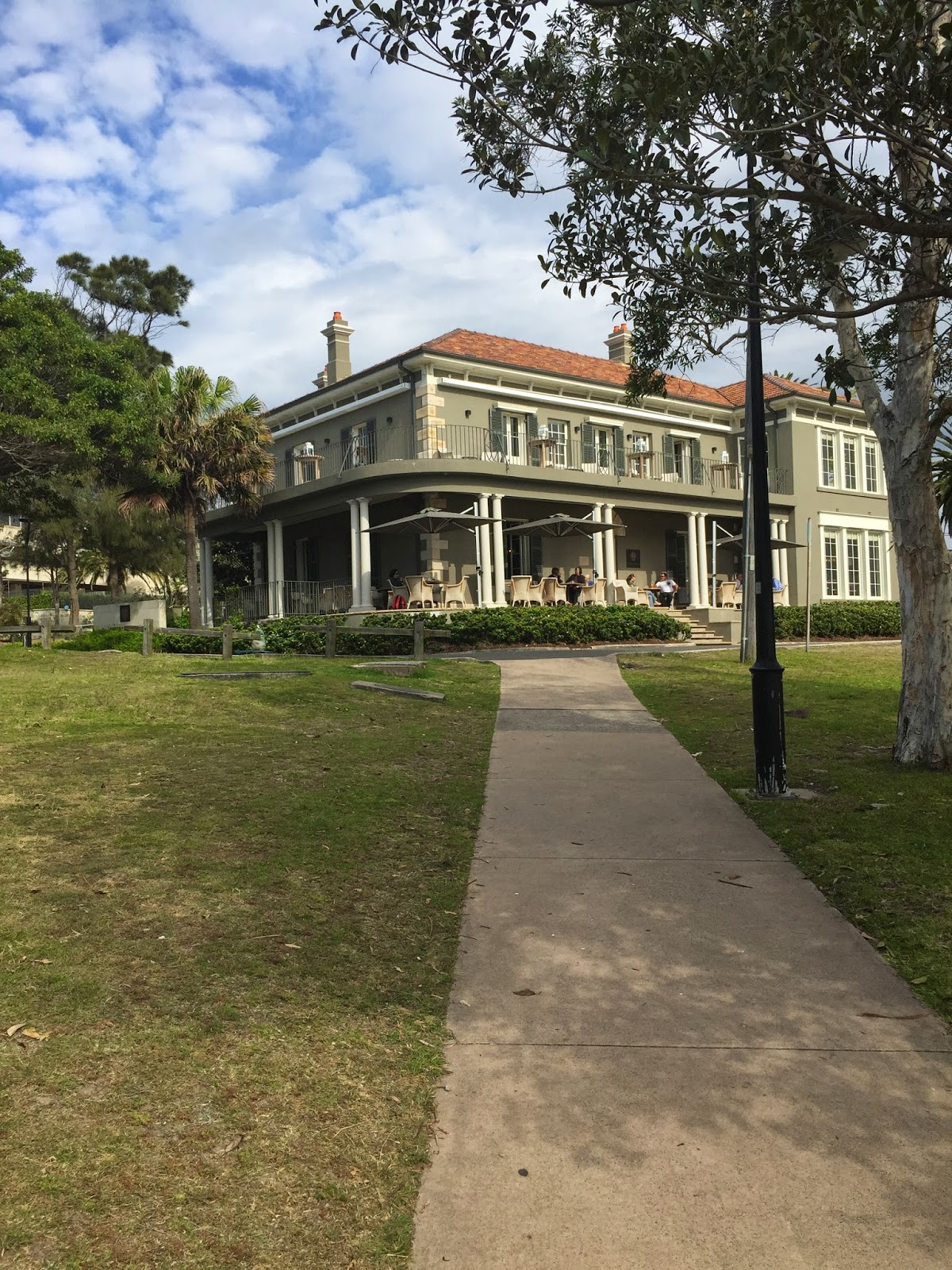 Cassie Cakes Dunbar House Review