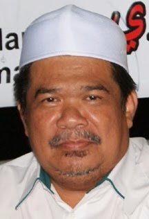 KILL UMNO ONE MALAYIST RACIST N BURIED IN TELOK INTAN 4 ONE BANGSA MALAYSIA HUMANITARIAN LOVES!