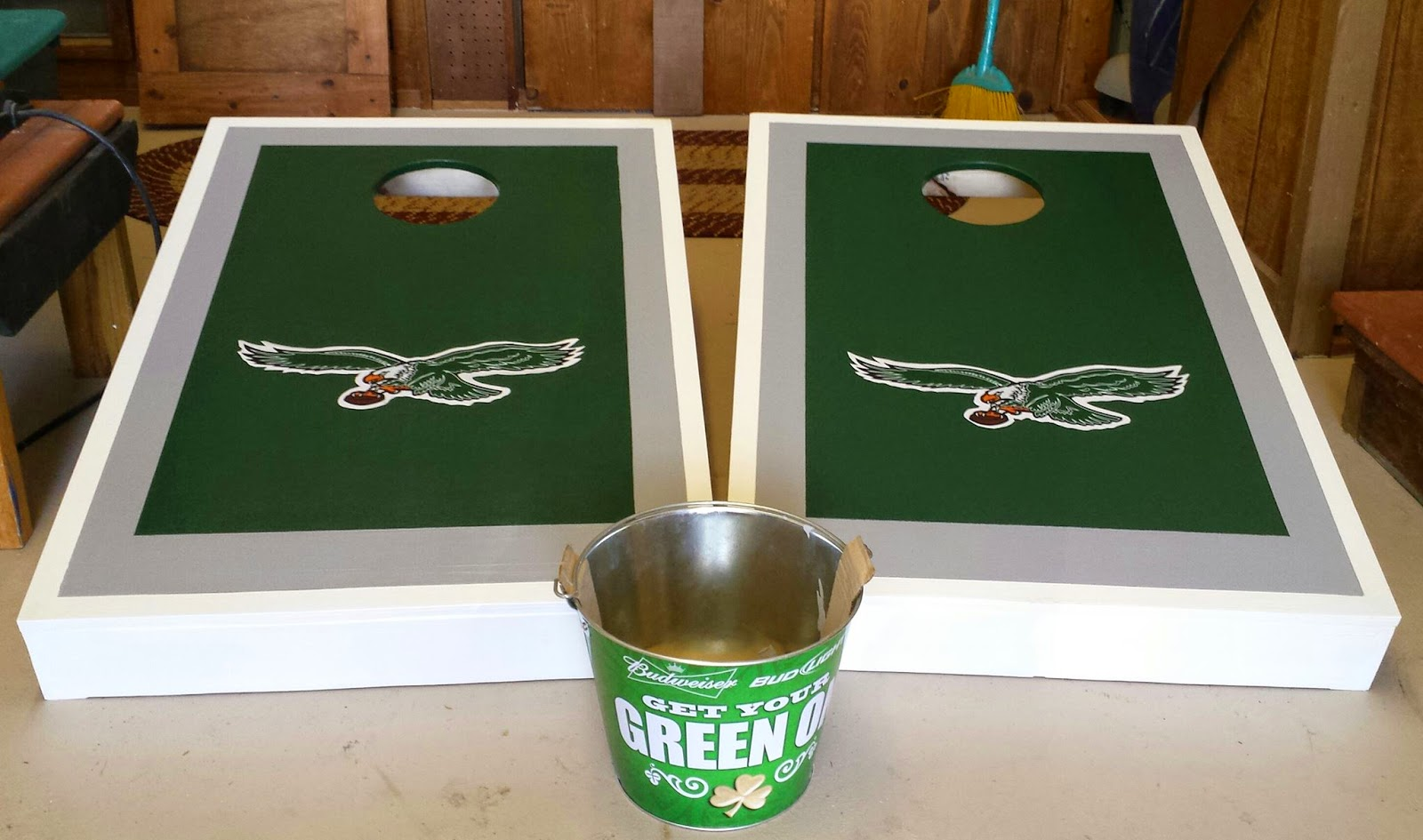 Sassafras Country Crafts: Retro Philadelphia Eagles Cornhole