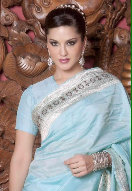 Sunny Leone Hot Saree Photo