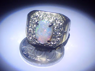 Manfaat Mengenakan Opal ( Kalimaya )