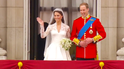 The weds, appear at the balcony of Buckingham Palace. YouTube 2011.