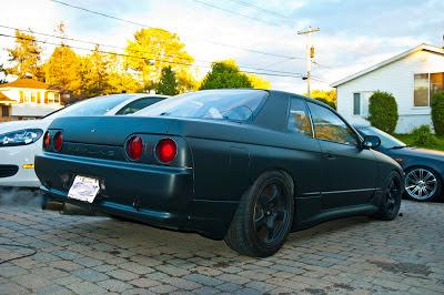 Matte Black Nissan Skyline GTST