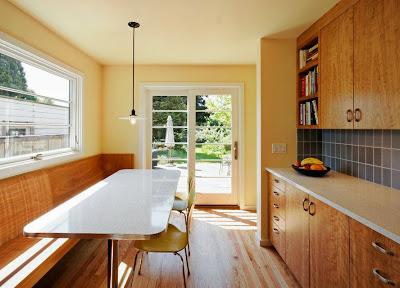 Desain Ruang Makan Dengan Bangku 5