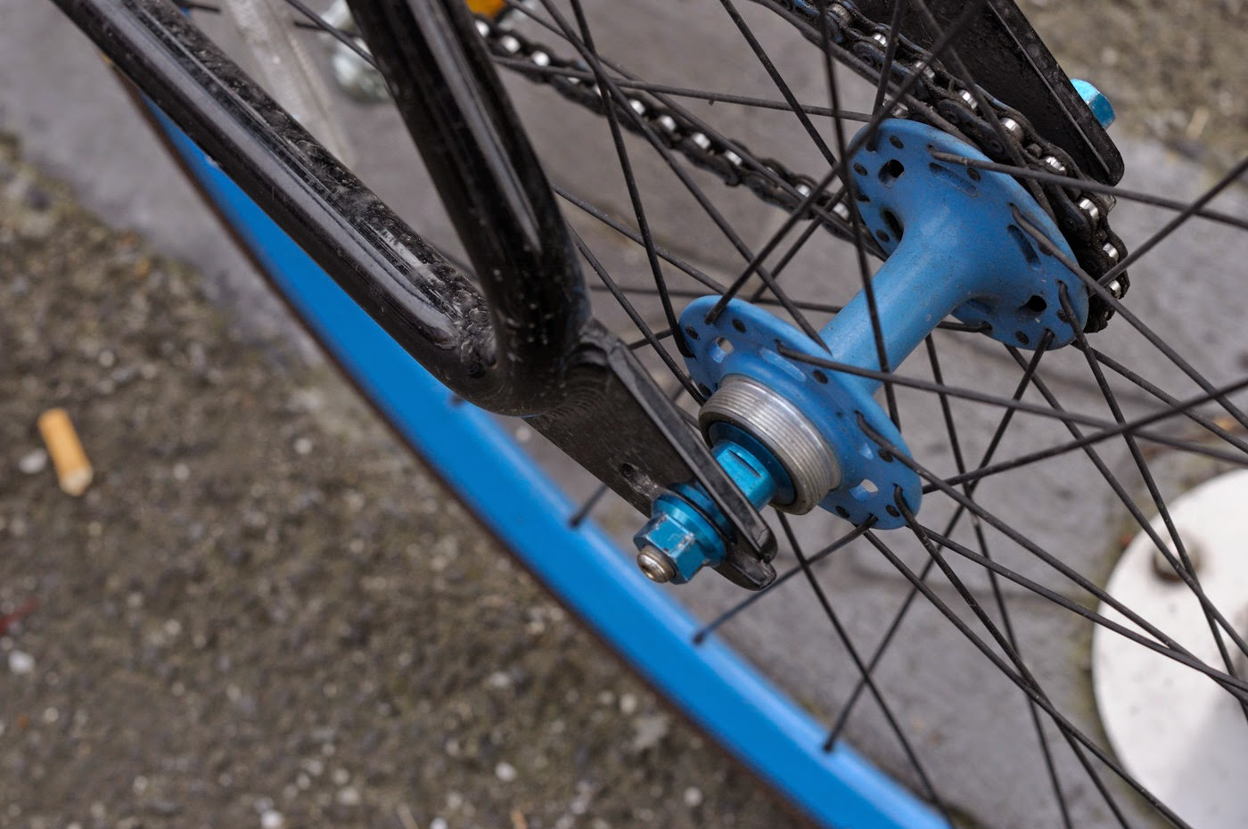 se bikes, PK ripper, bmx, melbourne, australia, custom, customised, bespoke, landing gear forks, blue, black, frame, tim macauley, the biketorialist, chain