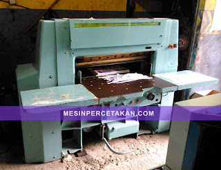 Wohlenberg 80 cm | Paper cutting machine