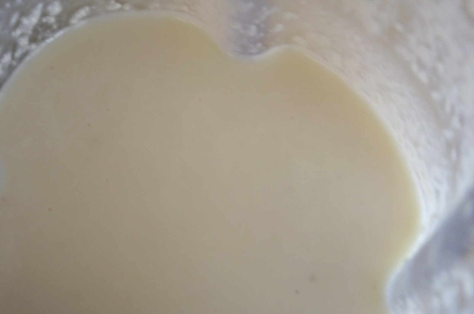 Making coconut butter - looking smooth