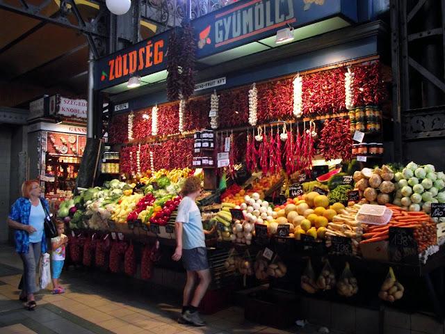 Puesto del mercado de Budapest, paprika.