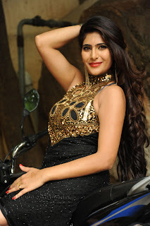 Neha saxena  Picture shoot 006.jpg