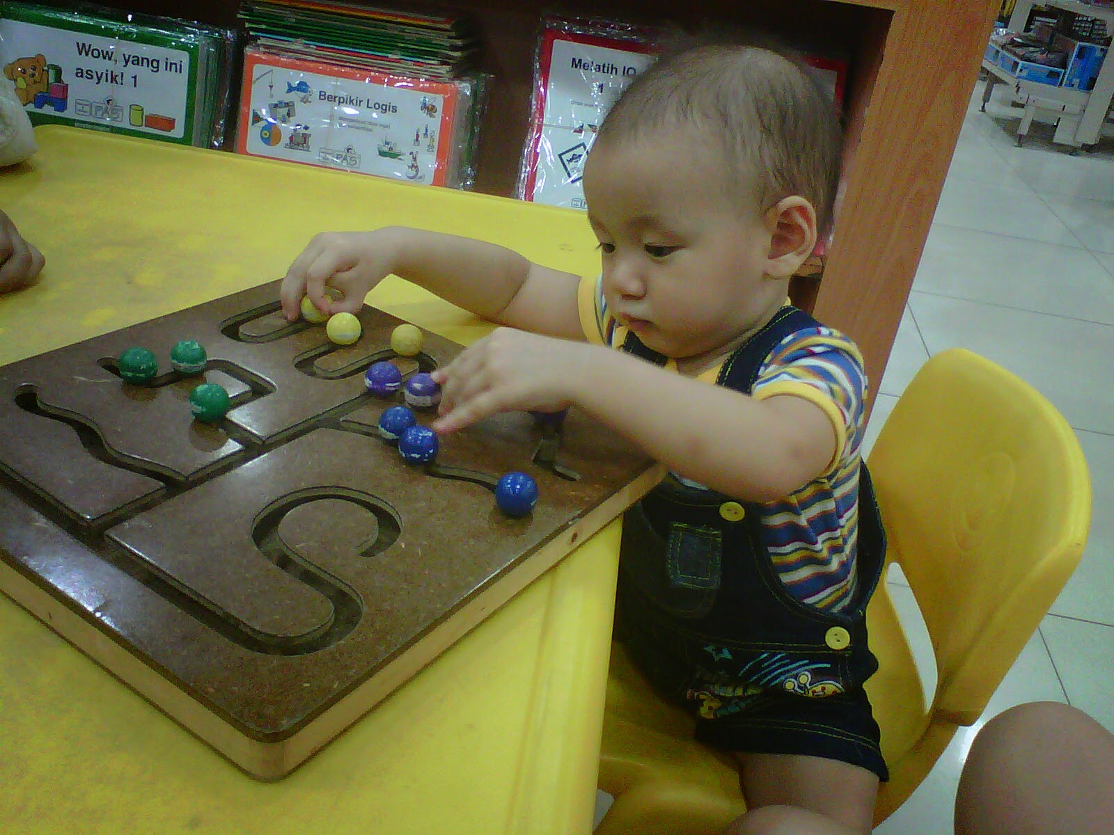 Perkembangan Anak 18 Bulan
