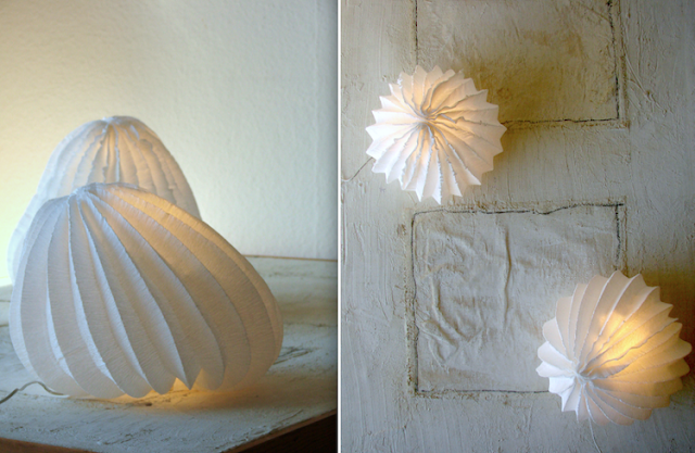 eco design: lampade di carta crespa bianche