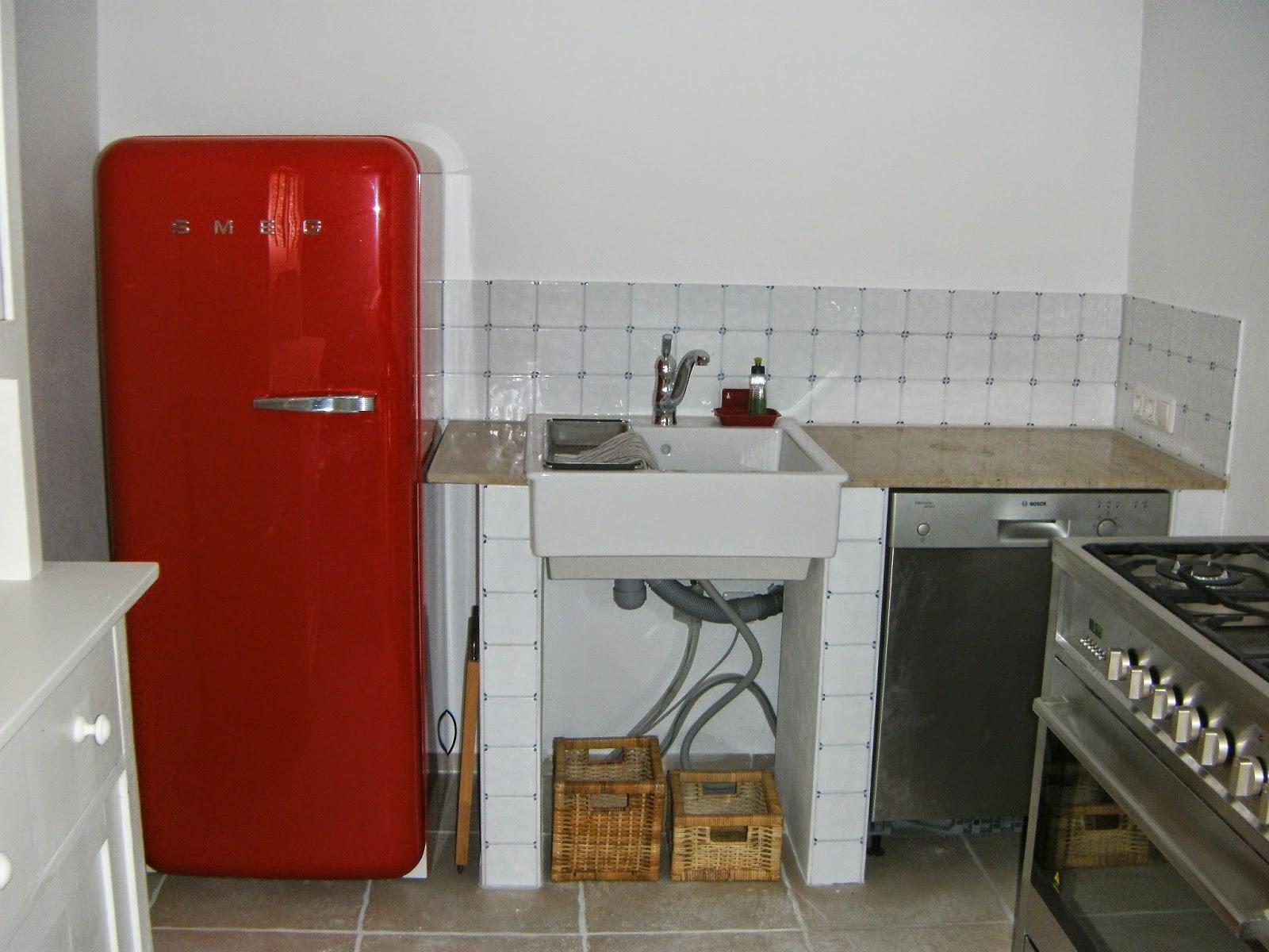 shabby house and garden: küchenträume - wie alles begann... - Rote Arbeitsplatte Küche