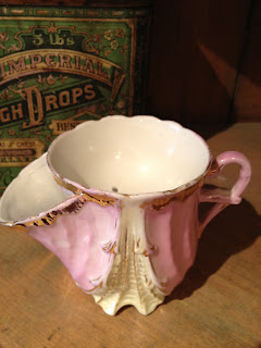 Antique Hunter Blog - Victorian Shaving Mug #4