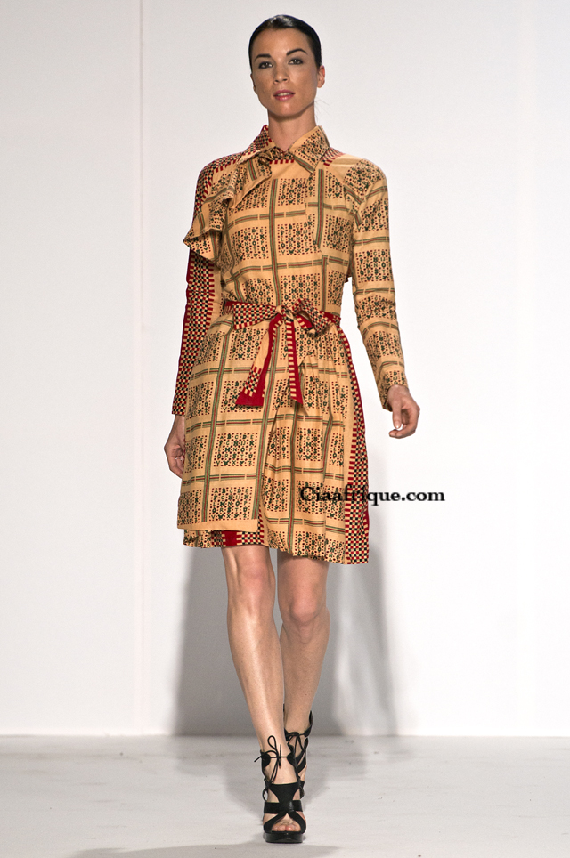 Labo-ethnik 2012:Chichia london-African fashion style trench coat