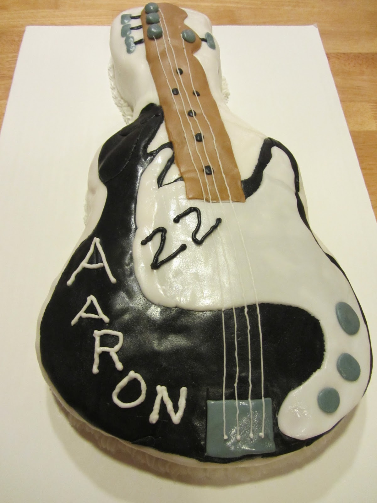 The Fairy Cake Mother Bass Guitar Birthday Cake