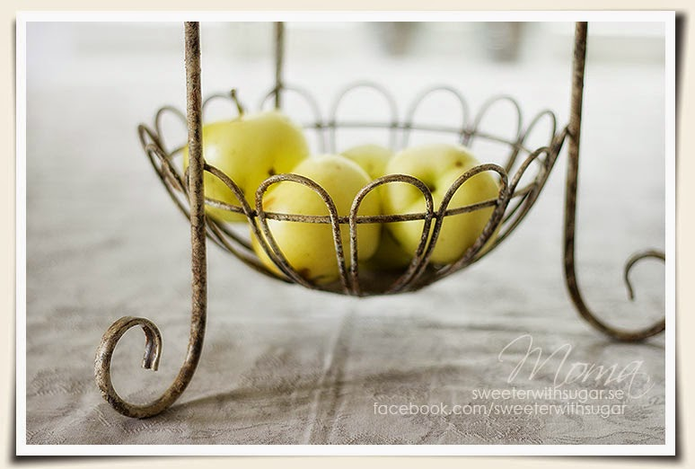 vintage shabby chic fruit basket