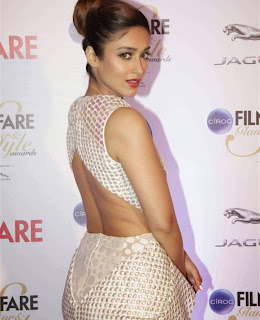Ileana in Deep neck Gown at Ciroc Filmfare Glamor and Style Awards 2015 Mumbai