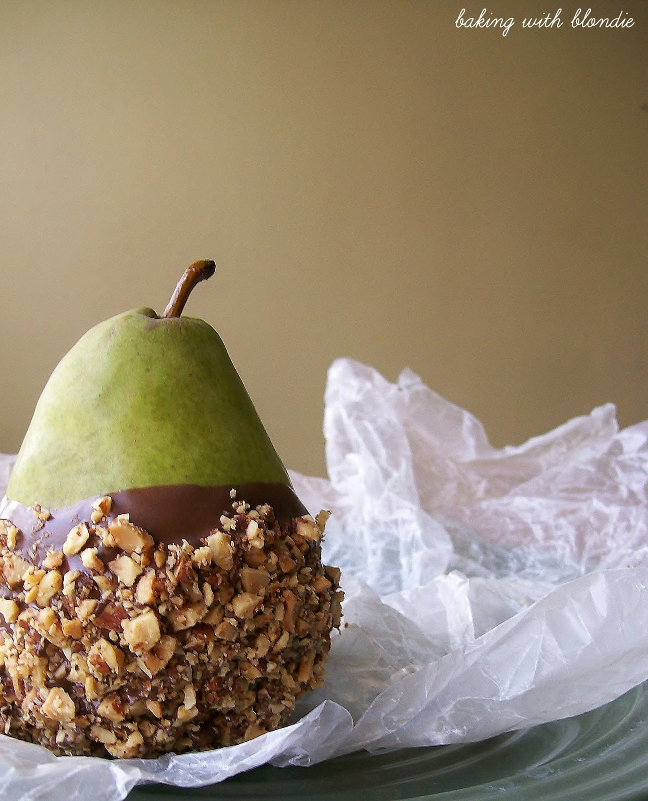 Baking with Blondie : Chocolate Dipped Pears with Salted Almond Crunch