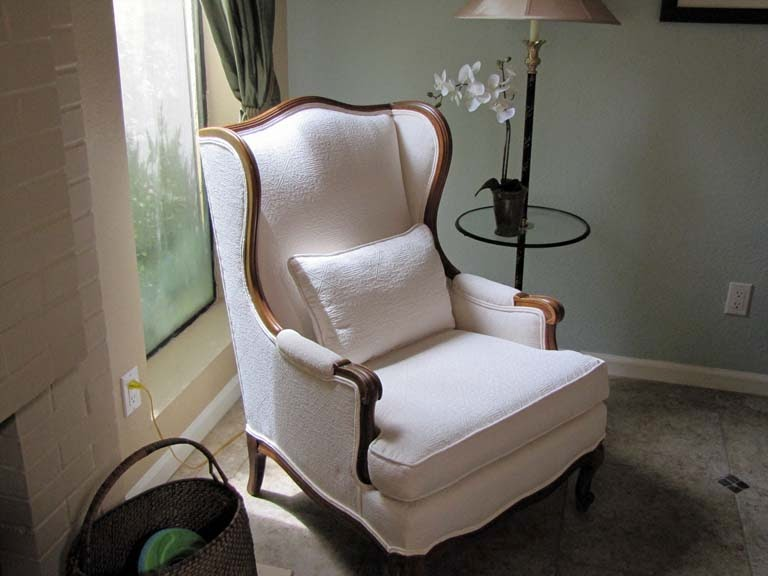 Beautiful 1950u0027s Wooden Wingback Chair For Sale