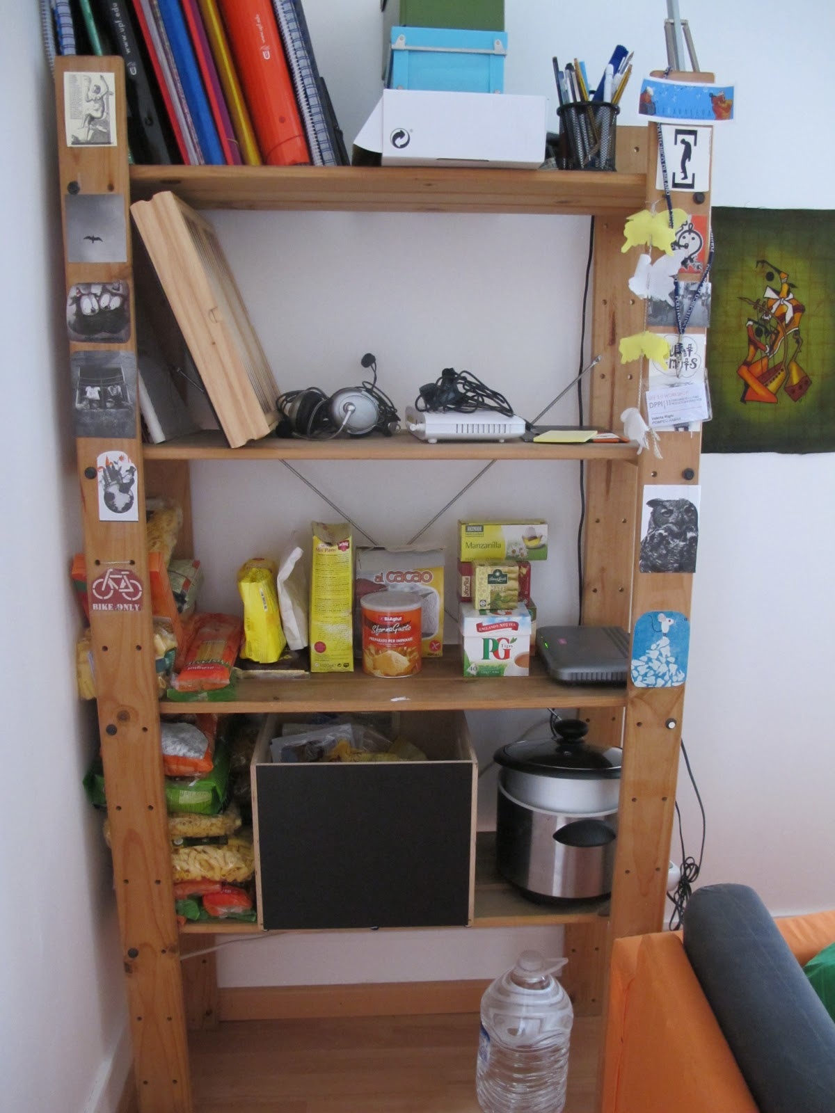 Muebles segunda mano bcn estanteria ikea gorm 8 euro - Ikea cubo ropa ...