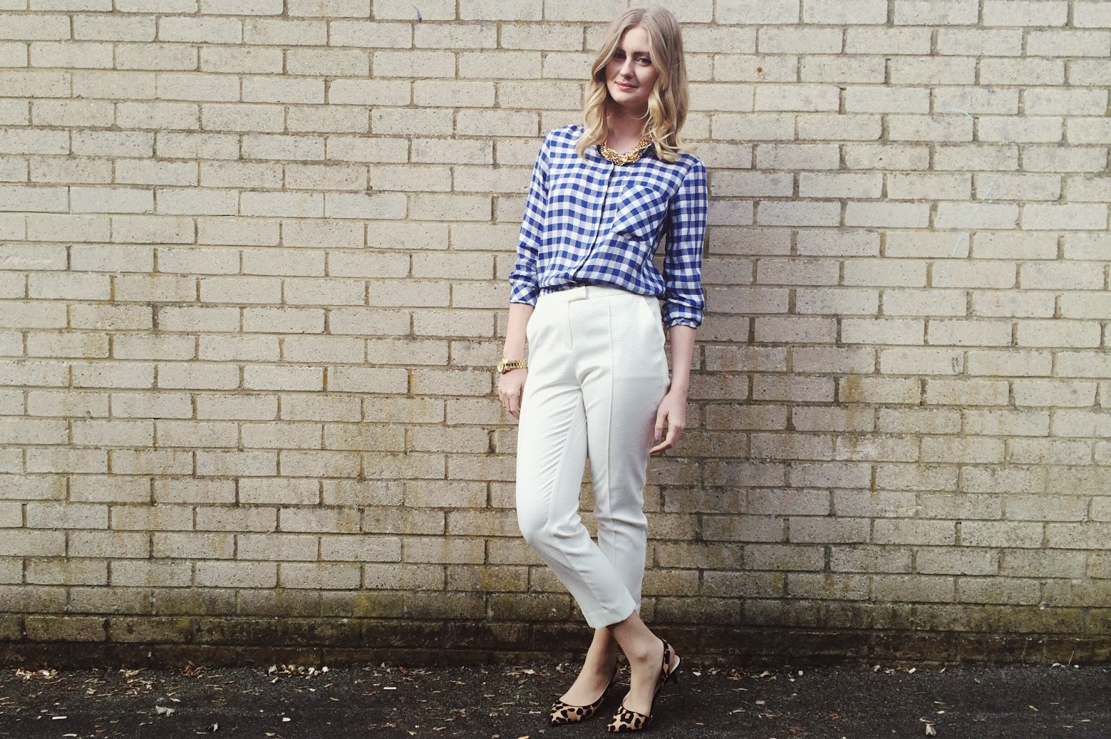 FashionFake, a UK fashion and lifestyle blog. Zara gingham shirt and Primark white trousers add a spring brightness to this simple yet stylish outfit.