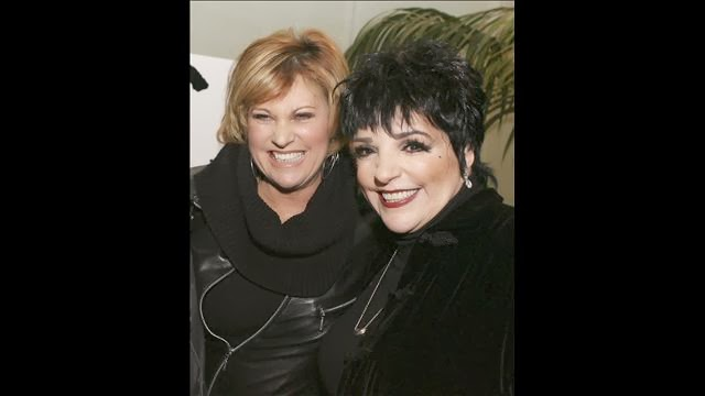 Liza Minnelli STEPPING OUT...: December 2013