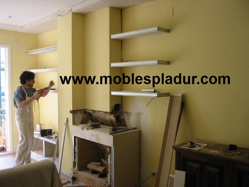 Pladur barcelona estanterias pladur en chimenea - Muebles pladur para salon ...