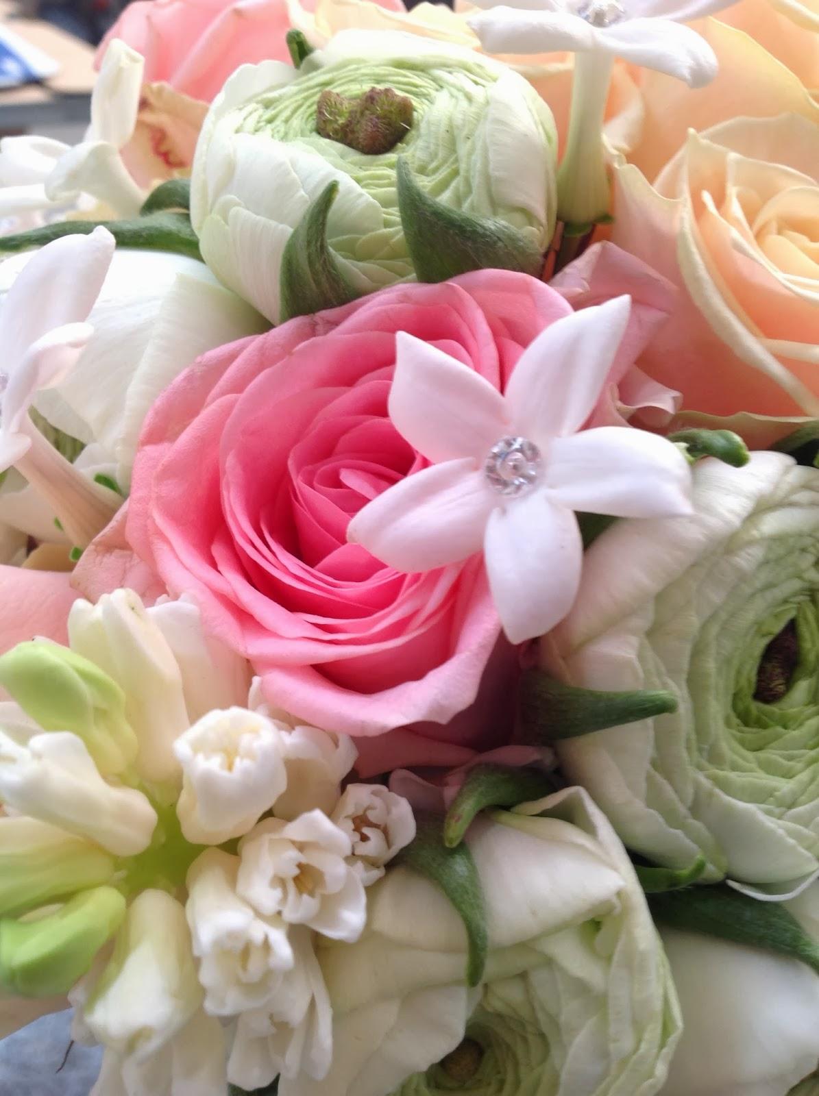 Ramos De Rosas Azules Imagenes - Ramos de novia Fotos de bouquet de rosas Ellahoy