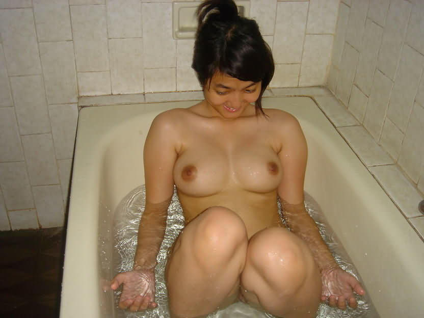 big tits babe gets her tight wet pussy fucked