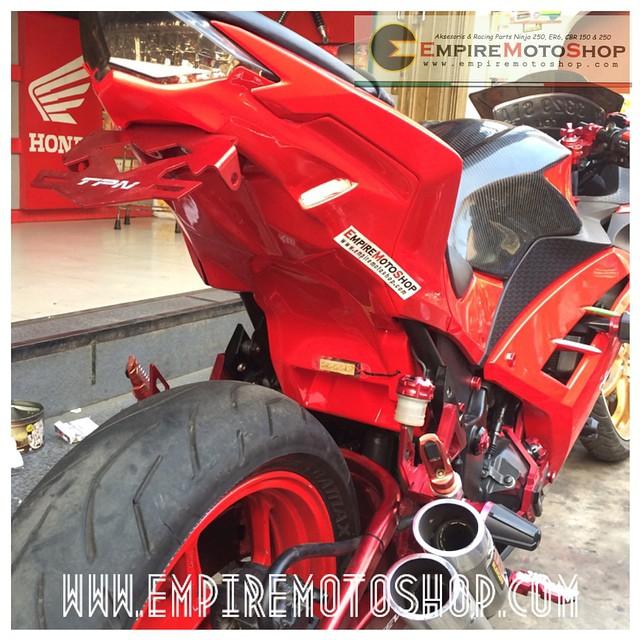 Aksesoris Kawasaki Ninja250FI Variasi Yamaha R25 Terlengkap
