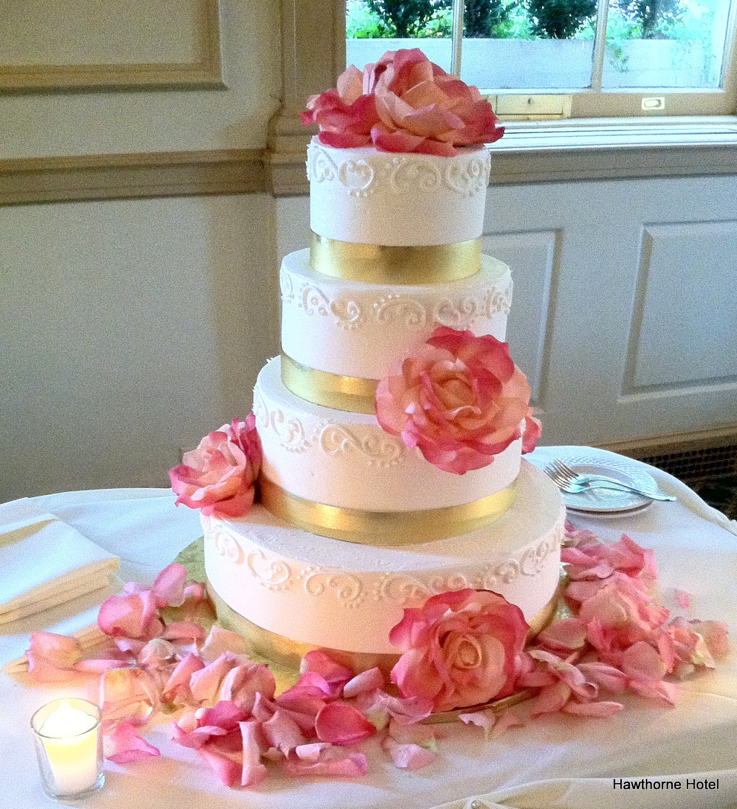 Pink And Gold Wedding Cake Viewing Gallery