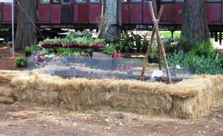 Small Farm Sustainable Living How to build a Straw Bale